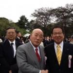 拉致の解決は日本主導で