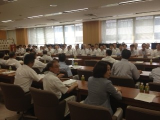 政務調査会 兵庫県警の幹部が勢ぞろいしています