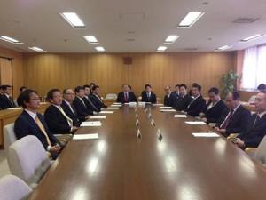 県議会議会運営委員会