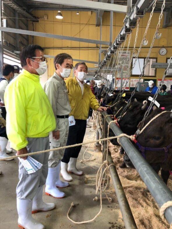 金澤元兵庫県副知事と淡路家畜市場